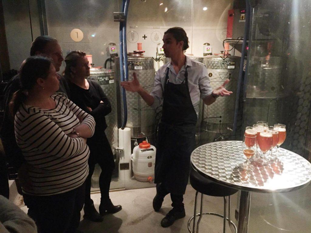 Hos på bryggeripuben Proviant på Stockholm Beer and Brewery Tour.